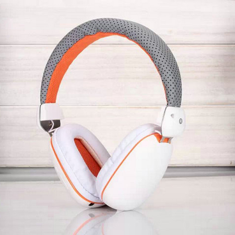 Fashion Over Ear Wireless Bluetooth Headphones with Mic Stereo Bass Bluetooth Headset/Headphones for Iphone Xiaomi Phone PC 2016 new metal bluetooth stereo super bass headphones 8600 bluetooth 4 0 high fidelity wireless over ear headset for smart phone