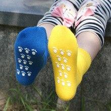 Весна Качество ручной сшиты голова конфеты цвета хлопчатобумажные носки дозирования нескользящей смягчиться детей, мальчики и девочки хлопчатобумажные носки