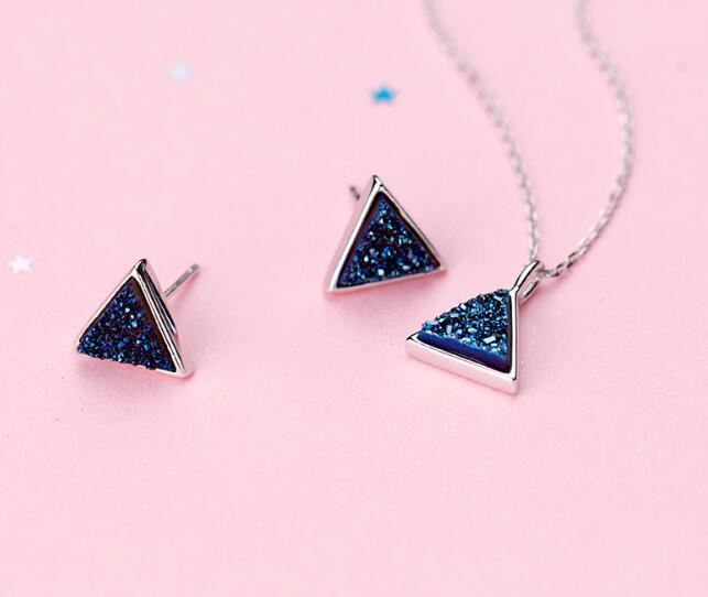 100% Real. Solide 925 Sterling Silber Edlen Schmuck Blue Gebrochen Stein Anhänger Halskette Ohrringe Set Schmuck Gtlx1567 Diversifiziert In Der Verpackung