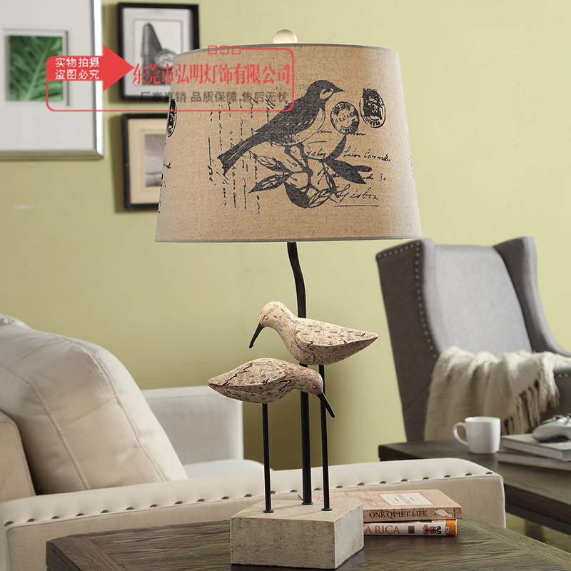 TUDA American Country Retro Table Lamp For Bedroom Lamps Living Room Vintage Bird Statue Resin