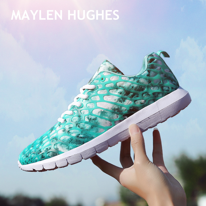 2018 vendita calda Traspirante sport uomini donne scarpe outdoor a piedi scarpe leggere scarpe da corsa donna uomo sneakers più il formato 35-46