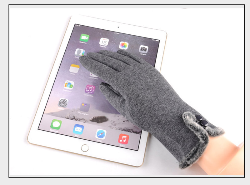 Comfortable and Warm Non Inverted Touch Screen Gloves for Women with Sensitive Touch Screen Function without Hand Exposing to Cold 25