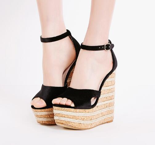 103e3cbb79b Nueva moda 15 cm tacones zapatos de verano super alta plataforma de la cuña sandalias  para mujer 2017 de la vendimia de terciopelo tobillo correa de peep ...