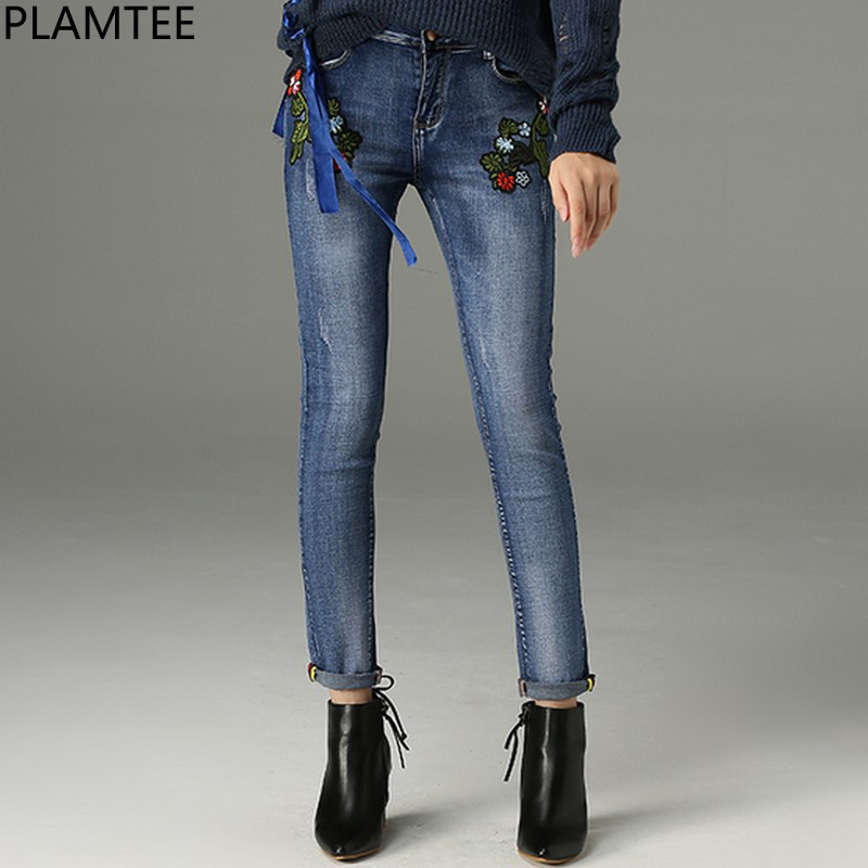 PLAMTEE Floral Embroidery Denim Pencil Pants Elastic Jeans Women Slim Skinny Jean Trousers Casual Full Length Tight Pant 2017 2017 spring new women sweet floral embroidery pastoralism denim jeans pockets ankle length pants ladies casual trouse top118