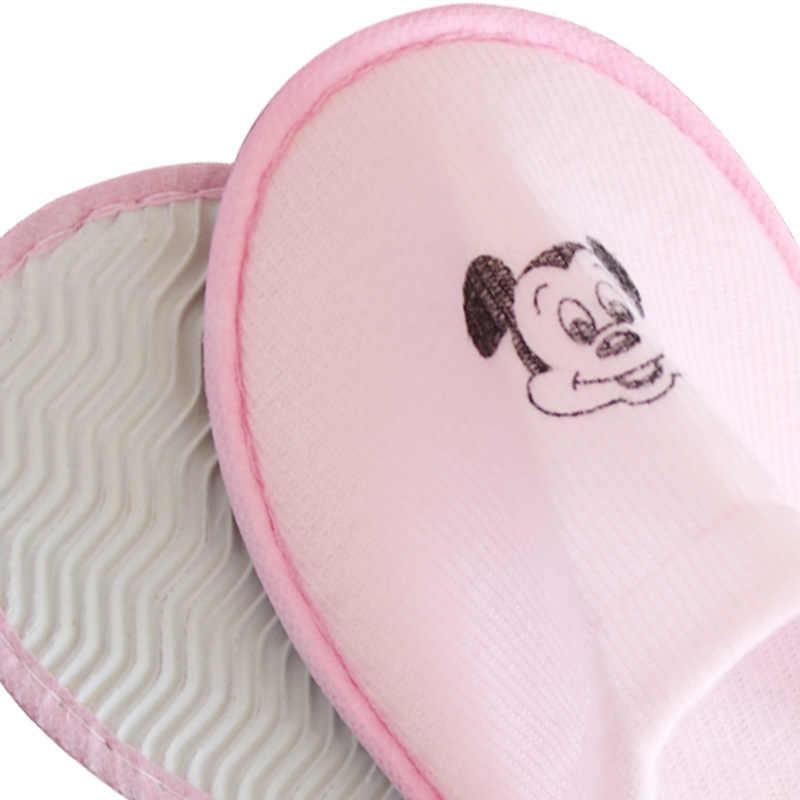 5pcs Del Fumetto Blu Rosa Hotel Pantofole Per I Bambini Delle Ragazze Dei Capretti Ragazzi Pantofole Usa E Getta Spugna Hotel Spa Guest Scarpe