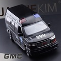 High Simulation Exquisite Diecasts & Toy Vehicles: GMC Truck Hong Kong SDU SWAT Team Vehicle 1:32 Alloy Diecast MPV Model