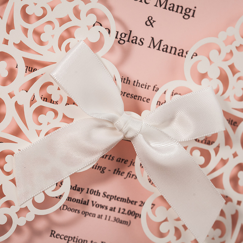 100Pcs/Lot White and Pink Laser Cut Lace Wedding Invitations with Bowknot Invite Cards for Engagement Marriage Birthday CW6177