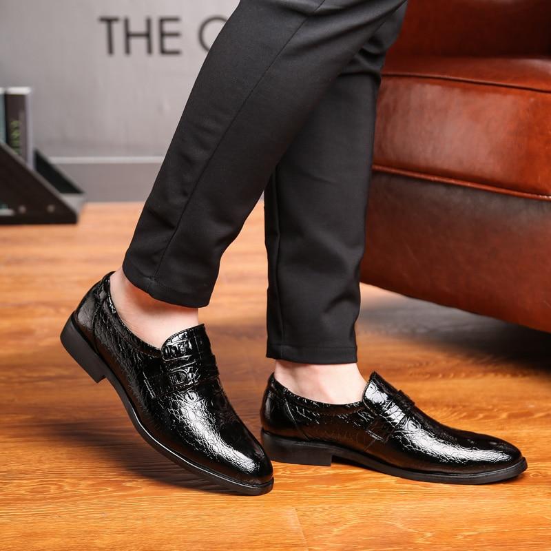 Designer Pointed Snake Skin Leather Men Shoes Italian Fashion Dress Wedding Male Footwear Brand Comfortable Oxford Shoes For Men Men's Shoes