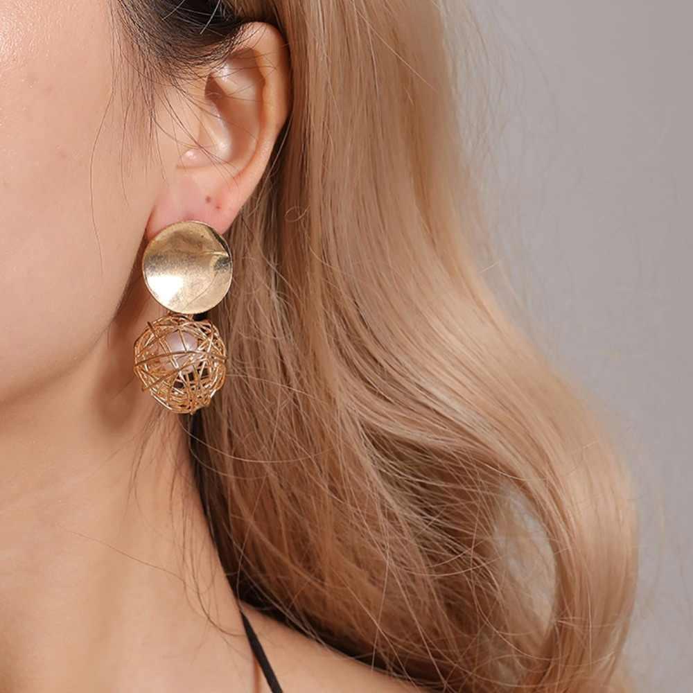 Regalos de joyería con pendientes de perlas de imitación geométricos con bolas huecas tejidas a la moda para mujer