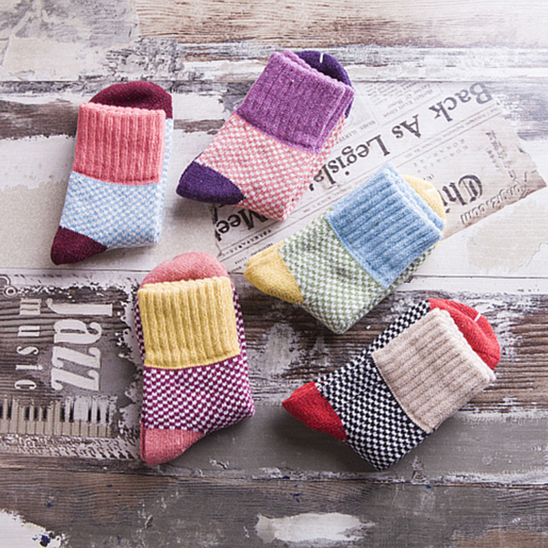 Winter Warm Women Retro Socks Thick Bold Lines Rabbit Wool Socks Terry Socks Fashion Fine Grid For Home Outdoor Leisure Socks