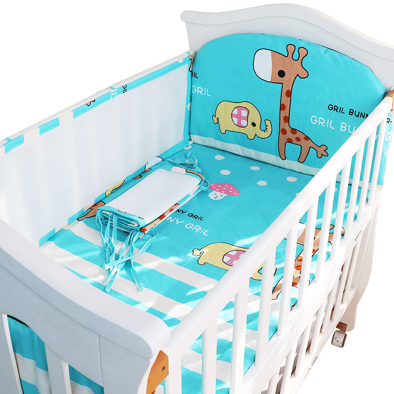 цена Cartoon Crib Liner 3D Mesh Cotton Baby Bed Bumper Baby Cot Bedding Sets Baby Bed Protector 5PCS Baby Bedding Set Bumpers+Sheet