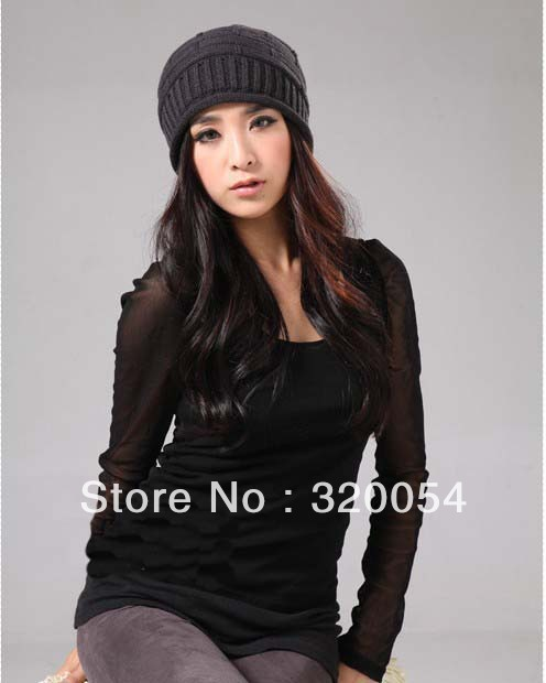Free shipping,1pcs,New fashionable men and women knitting hat, delicate grid set of head cap, 100% acrylic, red, black.
