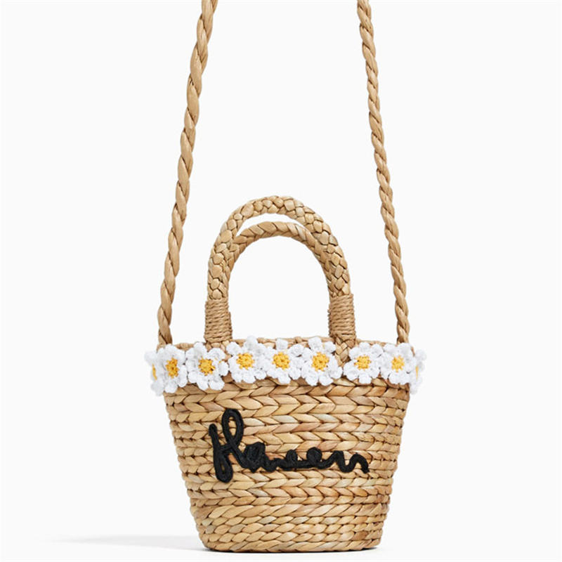 Flower embroidery Bohemian Straw Bag