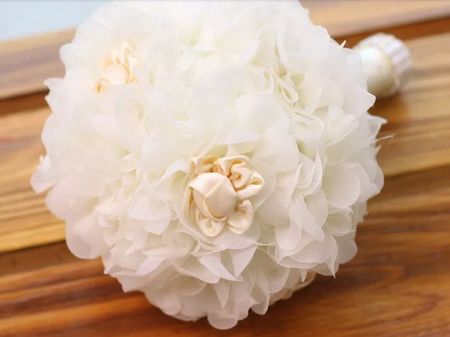 2015 hechos a mano de calidad superior con cuentas novia de la boda ramo dama de honor europa ee.uu. Artificial Rose flores