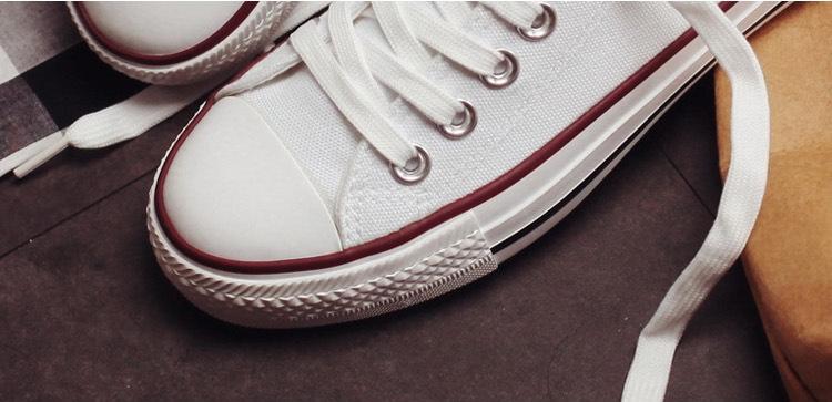 Stilingi batai moterims