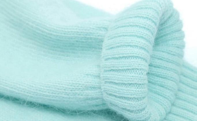 Elegant Men s V neck Soft Angora Rabbit Hair Sweaters Cardigan Light Mint  Green Fashion Warm Autumn Winter Quality Knitwear 2015-in Sweaters from  Men s ... 67b10cae0