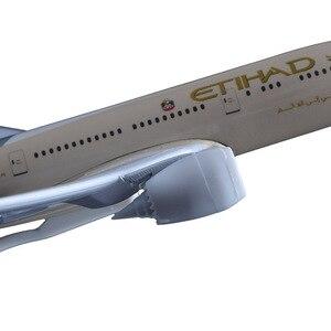 Image 4 - 20cm Etihad Aircraft Model B787 Crafts Alloy Boeing 787 Airline Airplane Aviation Souvenir Adult Children Birthday Gift Toys