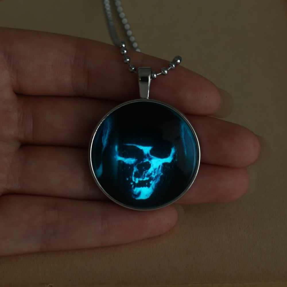 Death grim Reaper fantasma colgante collar brillante en la oscuridad collar caja de cristal colgante mujeres hombres joyería