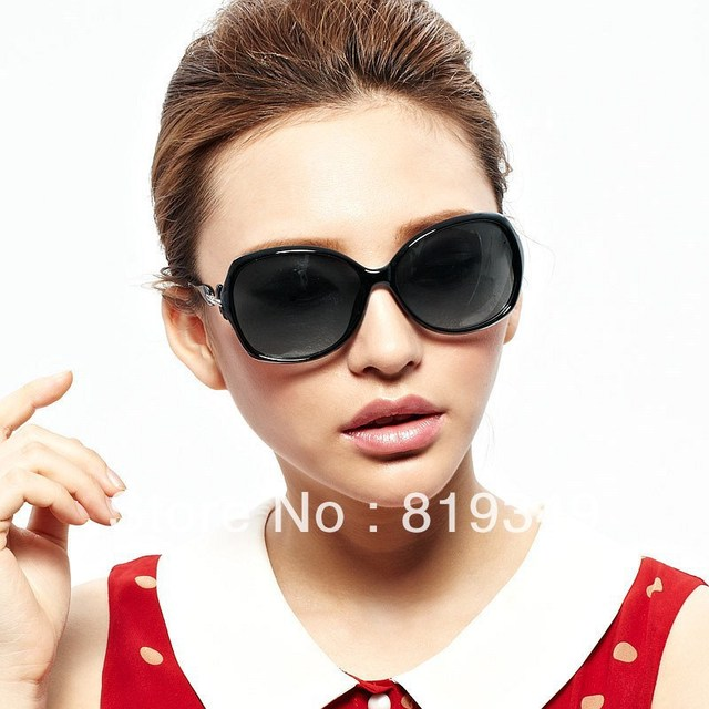 2013 New VANCL Women Sunglasses Nora Fashion Oversized Sunglasses Molded Nose Pads Gradient Tinted Lenses Black FREE SHIPPING