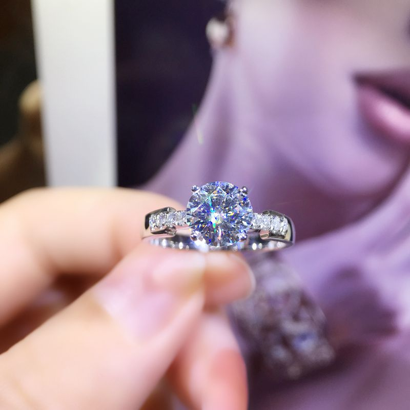 100% 18K 750Au Gold Moissanite Diamond Ring D color VVS With national certificate100% 18K 750Au Gold Moissanite Diamond Ring D color VVS With national certificate