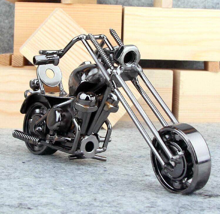 16cm Vintage Motorcycle Model Retro Motor Figurine Iron Motorbike Prop Handmade Boy Gift Kids Toy Home Office Decor