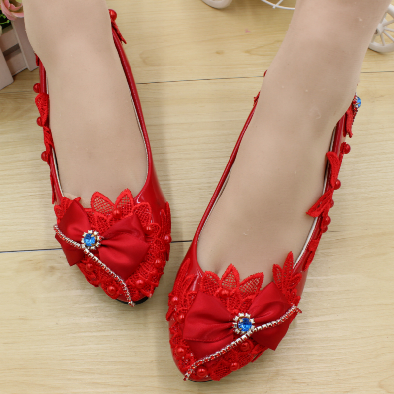 ФОТО Wedding Shoes Women Pumps Unique Bride Shoes bright red High Quality Handmade Lace Low-Heeled Shoes Female Shoes Free Shipping