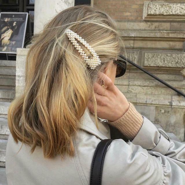 Venta al por mayor, novedad, pinzas para el cabello con broche de perla para mujer