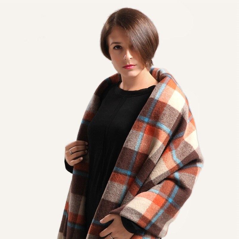 Australian fine wool plaid throw blanket tassel 200cmx210cm 1.6kg