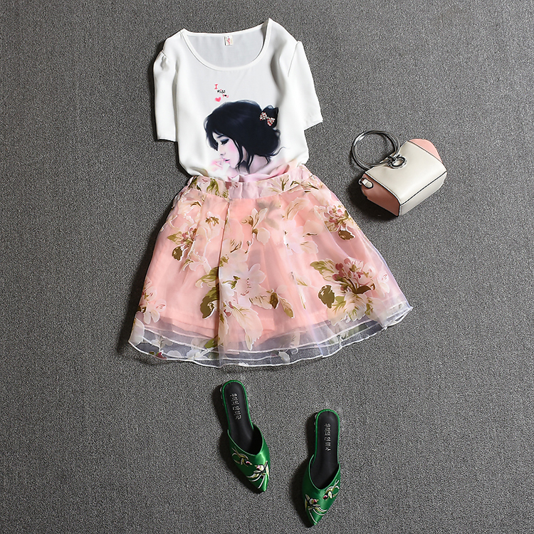 Summer womans clothing set diamond Beadings short sleeve ladies Print blouse Tops And Retro floral Pink skirts suit Set NS276