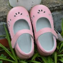 Обувь для девочек из коровьей кожи; обувь для малышей; цвет розовый, белый, серебристый; mary jane; с вырезами в виде цветов; bebe; детские сандалии до середины икры для элегантных детей; коллекция года