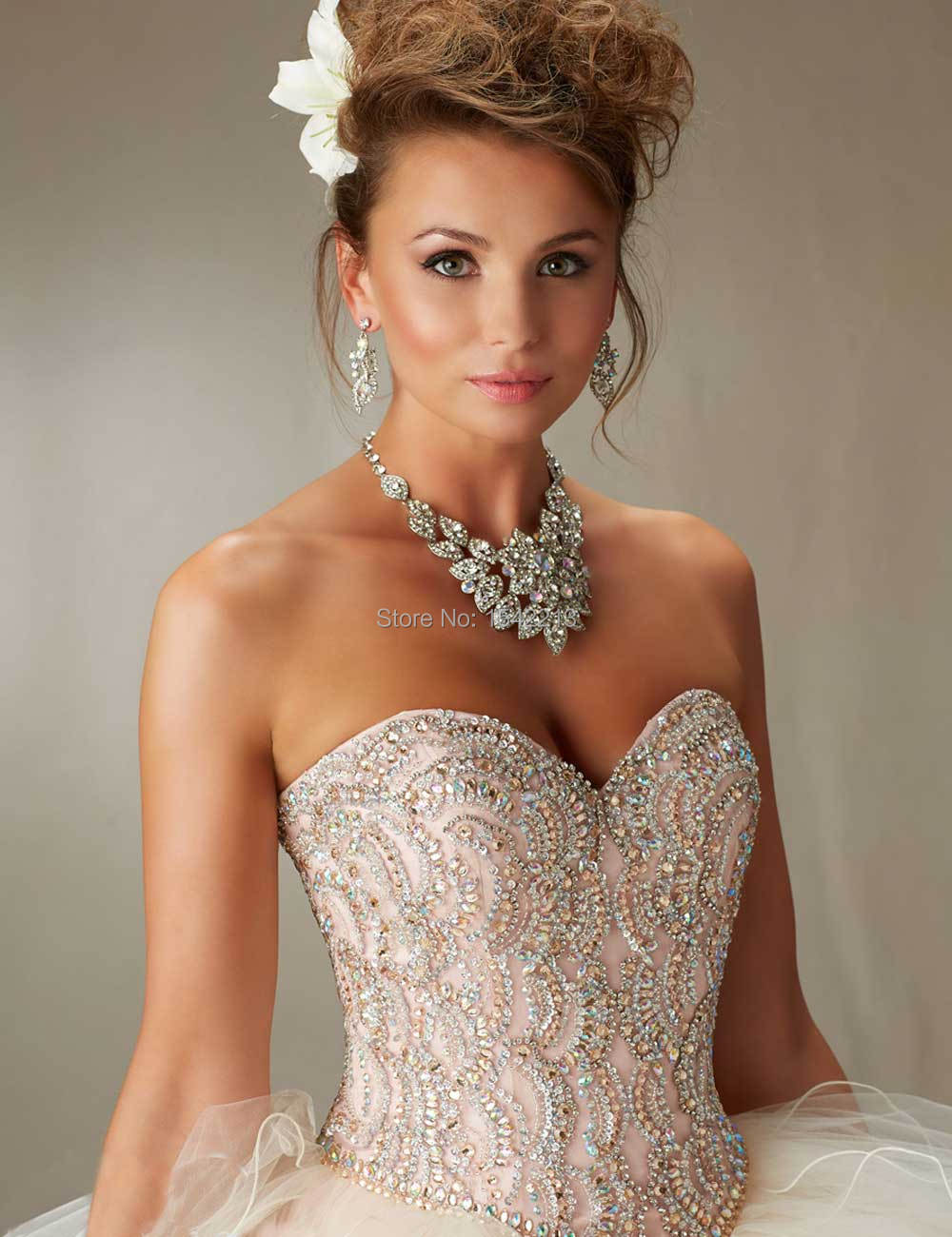 d5fae71f426 Coral Light Blue Sweetheart Beaded Ball Gown Quinceanera Dress WIth Removable  Strap Girls Sweet 16 Prom Gowns 2017-in Quinceanera Dresses from Weddings  ...