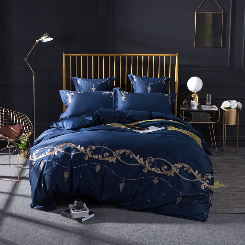 New arrivel 4/6-Pieces Egyptian cotton Luxury Bedding Set Embroidery Bed Set King Queen Bed Linens Duvet Cover Bed SheetNew arrivel 4/6-Pieces Egyptian cotton Luxury Bedding Set Embroidery Bed Set King Queen Bed Linens Duvet Cover Bed Sheet