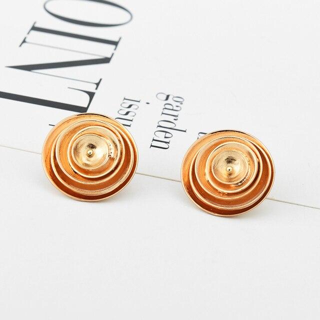 Sauvage et gratuit cadeau spécial couleur or boucles d'oreilles pour les femmes déclaration inde bijoux couches rondes boucles d'oreilles accessoires en gros