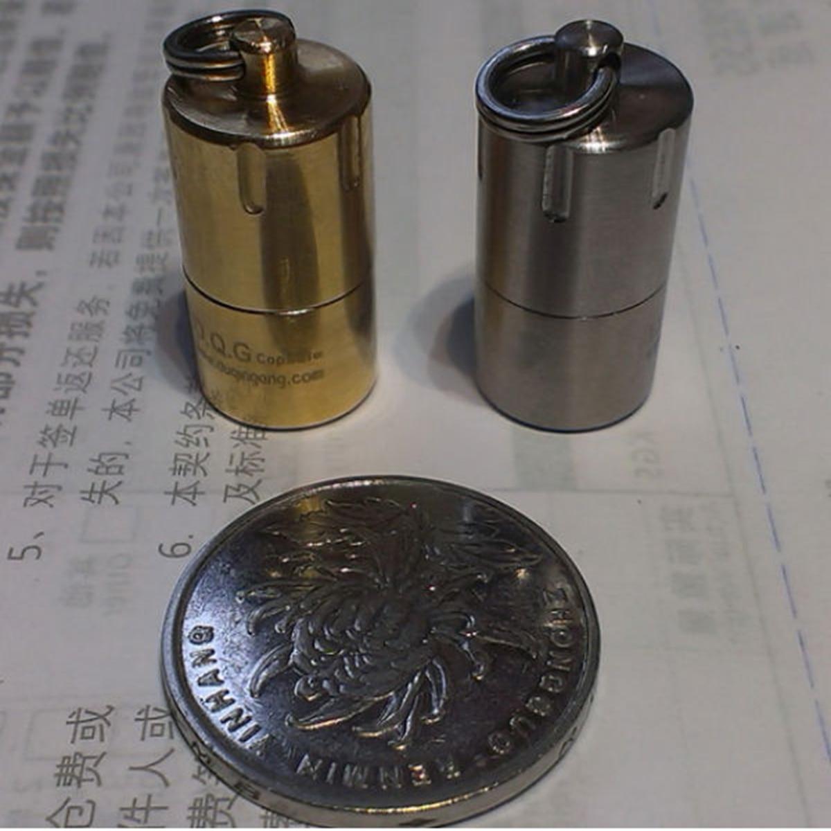 DQG Capsule Mini Waterproof Keychain Storage For 10180 Battery