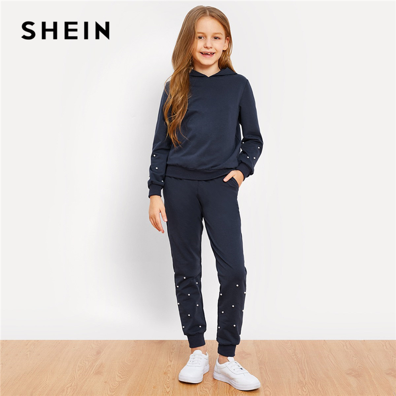 SHEIN Kiddie Girls Navy Pearl Beading Hoodie Casual Top And Pants Two Piece Set 2019 Spring Long Sleeve Children Clothes Set puff sleeve crop top and wide leg pants set