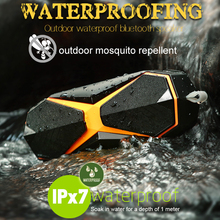 цена на IPX7 Outdoor Waterproof Wireless Bluetooth Speaker Portable Outdoor Repellent Speaker 2400mAh Stereo Loudspeaker Bass Subwoofer