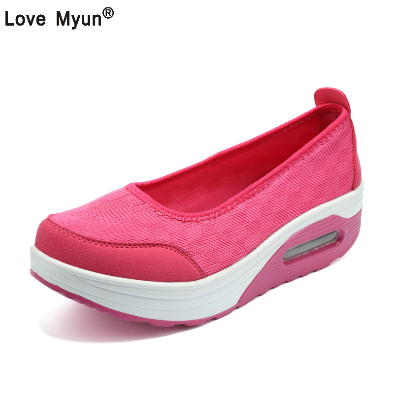 Summer Women Flat Platform Shoes Woman Casual Air Mesh Breathable Shoes Slip On Gray Fabric Shoes zapatos mujer instantarts women flats emoji face smile pattern summer air mesh beach flat shoes for youth girls mujer casual light sneakers