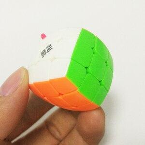 Image 4 - QiYi מיני Keychain לחמניית קוביית 3x3x3 תליון שרשרת מפתח טבעת מיני קסם קוביית 3x3 קטן מהירות קוביית פאזל צעצועים לילדים למתחילים