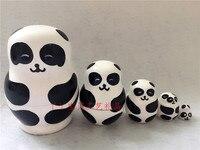 Matryoshka Panda 5 In 1 Dipinta A Mano In Legno Russo Nesting bambole Del Fumetto Handmade Souvenir Giocattoli con Box per I Bambini Natale regalo