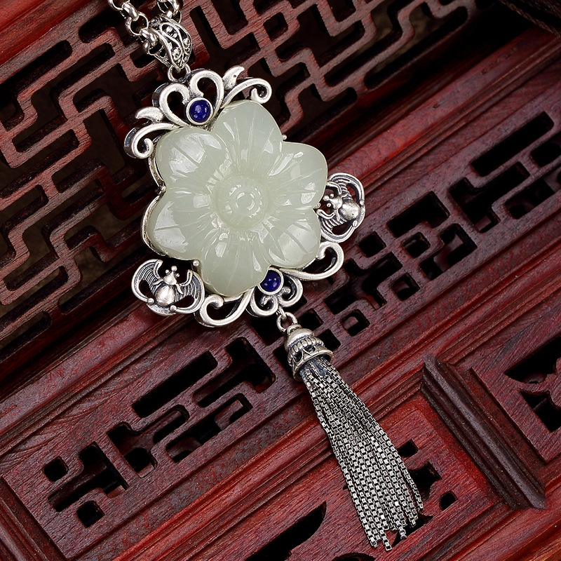 S925 pure silver inlay restoring ancient ways hetian jade white jade bats tassel lady sweater wholesale chain pendant цена 2017