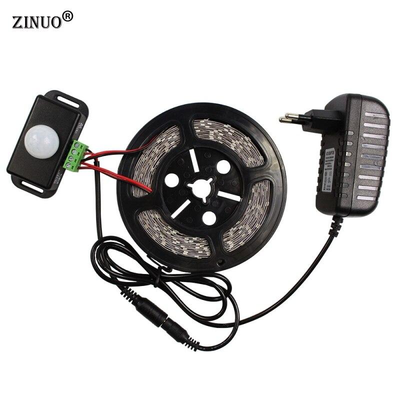 ZINUO 5 M LED Lumière de Bande 5630 300 Led Non-étanche + PIR Humain Motion Sensor Commutateur + 12 V 2A Puissance Adaptateur Flexible Led Bande