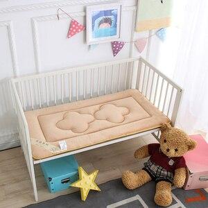Image 3 - 65x120 cm Draagbare Baby Kinderen Crib En Peuter Matras Pad Cover Ademend Draagbare Afneembaar En Wasbaar Upgrade