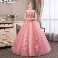 Quinceanera Dresses 2019 New Elegant Boat Neck Luxury Lace Embroidery Vestidos De 15 Anos Party Prom Vintage Quinceanera Gown F