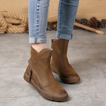 Women Autumn Ankle Boots Geunine Leather Lady Boots High Quality Martin Boots Classic Shoes Chelsea Boots Flat thick Heel Autumn women autumn winter fashion pu ankle martin flat boots waterproof lace shoes patent leather block thick high heel
