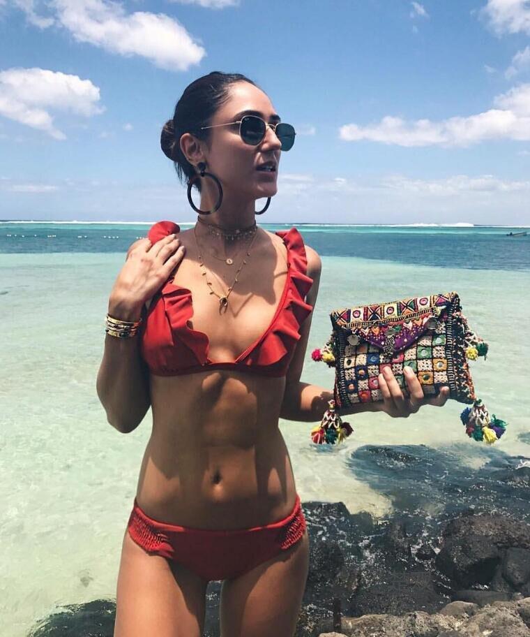 2017 Rouge Couleur Floral Frontière Bikini Ensemble Maillot de Bain Maillot de bain Maillots De Bain Beachwear Pour Les Femmes