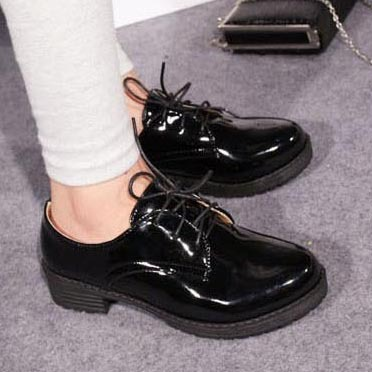 bd6cf858536 Fashion Patent Leather Round Toe Lace Up Oxford Shoes For Women Bristish  Style Women Oxfords Ladies Casual Flat Oxford Shoes-in Women s Flats from  Shoes on ...