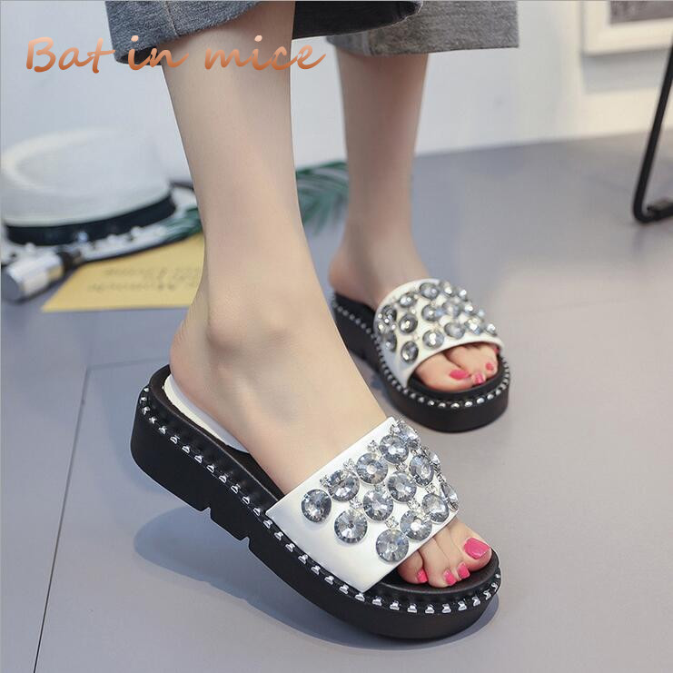Women flip Flops Summer Style Shoes Woman Wedges slippers Fashion Crystal Shoes Platform Female Slides Ladies flip flop C230 women sandals 2017 summer style shoes woman wedges height increasing fashion gladiator platform female ladies shoes casual