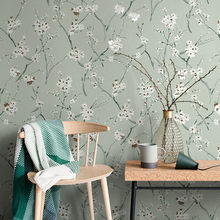 цена Garden Foral Wallpaper Bedroom Living Room TV Background Non-woven Home Decoration Wallpaper Roll онлайн в 2017 году
