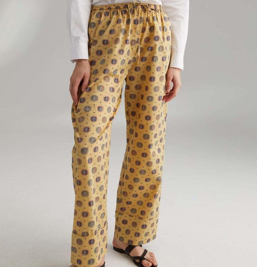 Femmes pantalons 2019 printemps et été nouveaux pantalons décontractés en dentelle imprimée-in Pantalons et corsaires from Mode Femme et Accessoires on AliExpress - 11.11_Double 11_Singles' Day 1