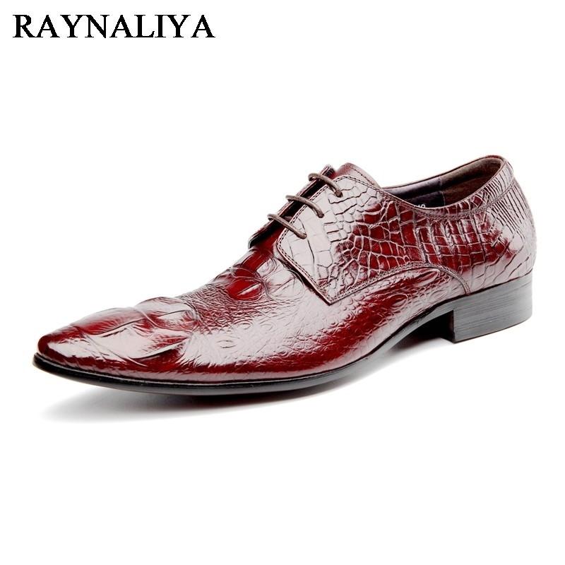 2018 Handmade Retro British Style Men Casual Shoes 100% Genuine Leather Hand Carved Men Dress Wedding Formal Shoes YJ-A0034 joan escandell handmade illustration 1 000 retro style drawings